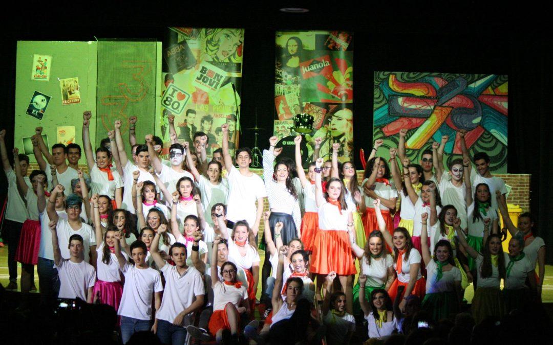 Els musicals omplin de color el Centre Juvenil Amics